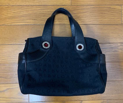 買取したブルガリ ロゴマニア ハンドバッグ