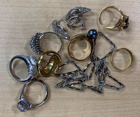 指輪とネックレスの買取品
