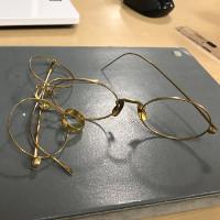 金の眼鏡とリングの買取品