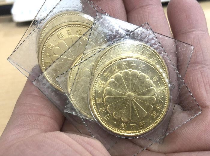 金貨5枚の写真