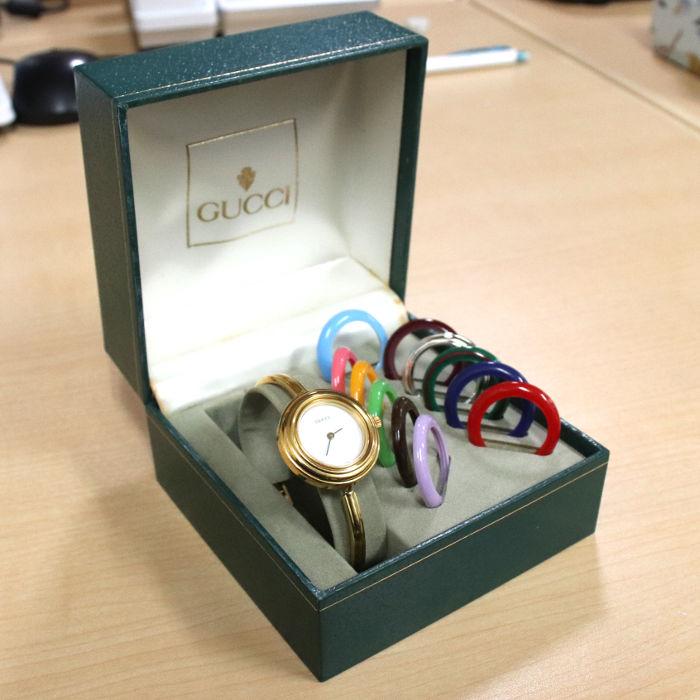 グッチの腕時計カメレオン